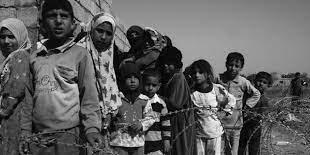 كلية الآداب تنظم حلقة نقاشية عن حقوق الاطفال في أثناء الحروب