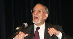 باحثة من كلية الآداب تجري دراسة عن فكر طه عبد الرحمن اليوسفي